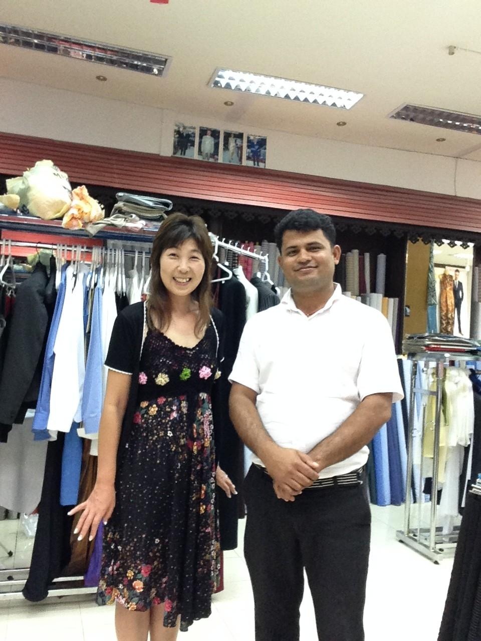 タイのクラビ。リゾートホテル隣のテーラーでドレス製作はいかが?