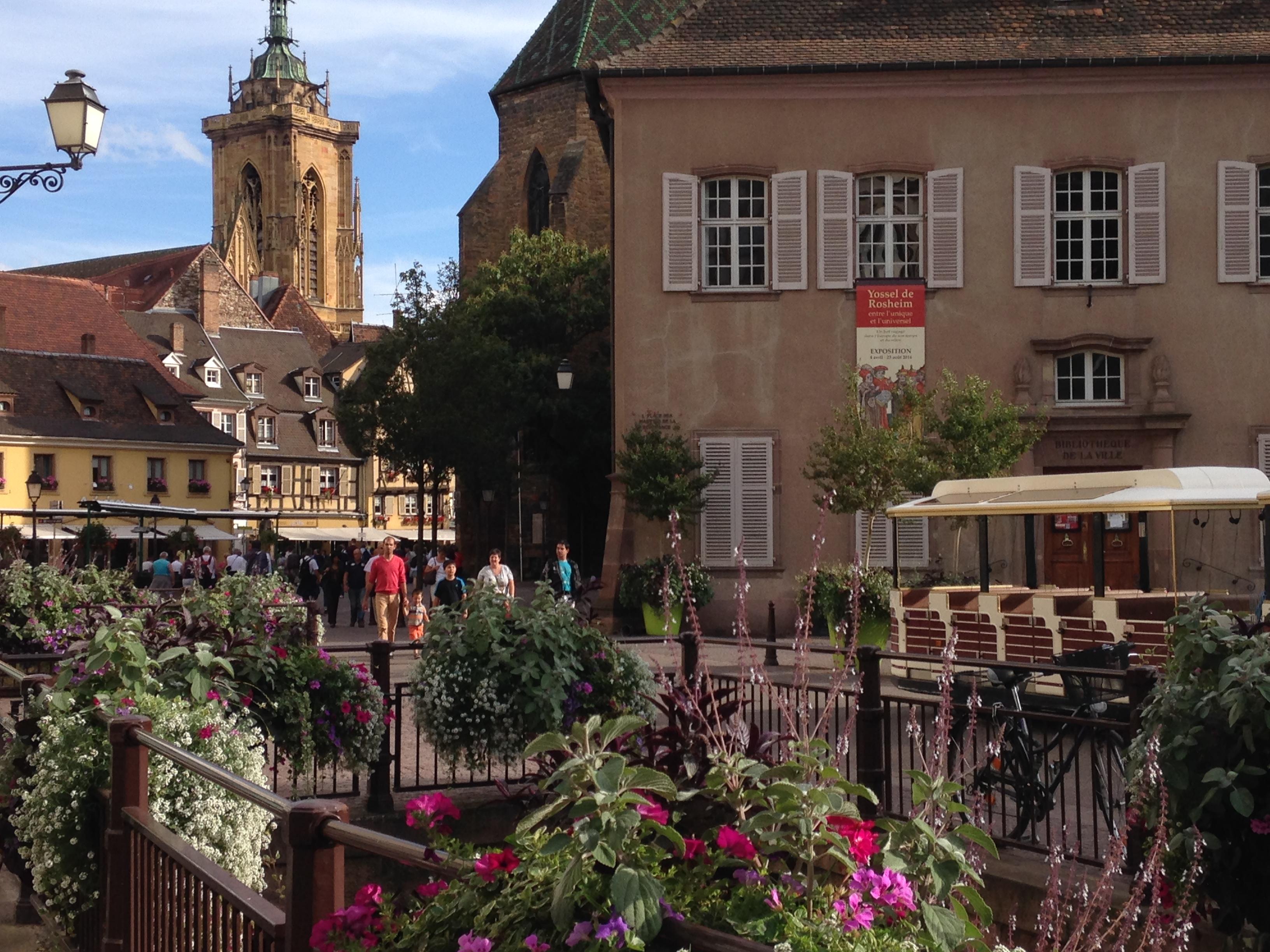 アルザス地方のフランスで最も美しい村、ワイン街道をレンタカーでゆく