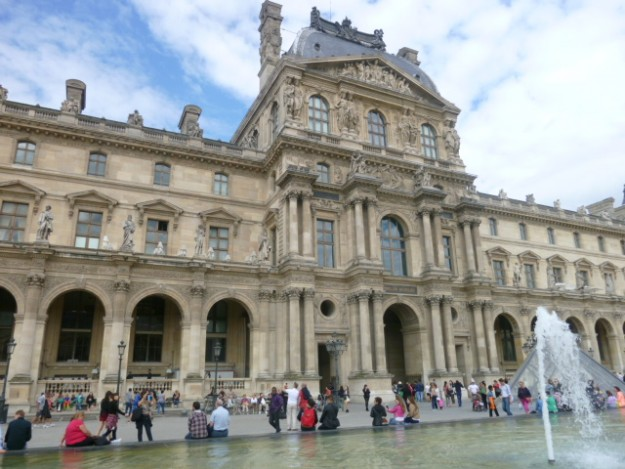 パリで蘇る記憶とモンマルトルの情景