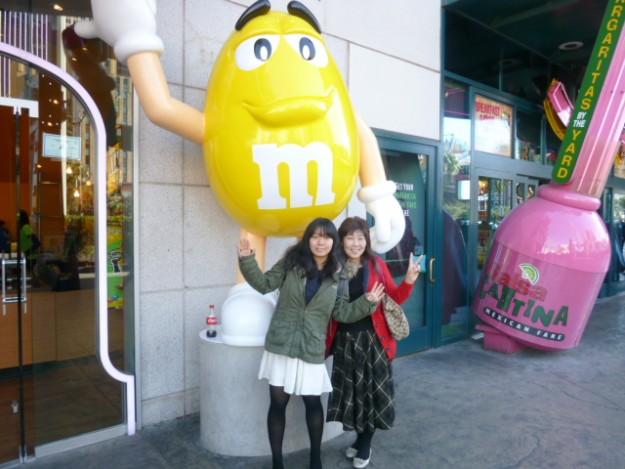 アメリカらしい、キャラクターのお店、m&m