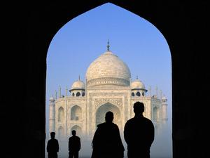 インドのマナーとビジネス心得。インド人とのインド時間を克服しよう!