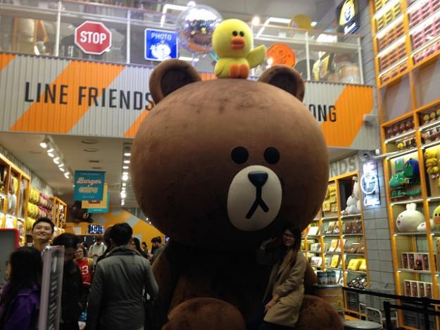 世界中で今、人気&話題! 韓国生まれのLINEショップ in 明洞