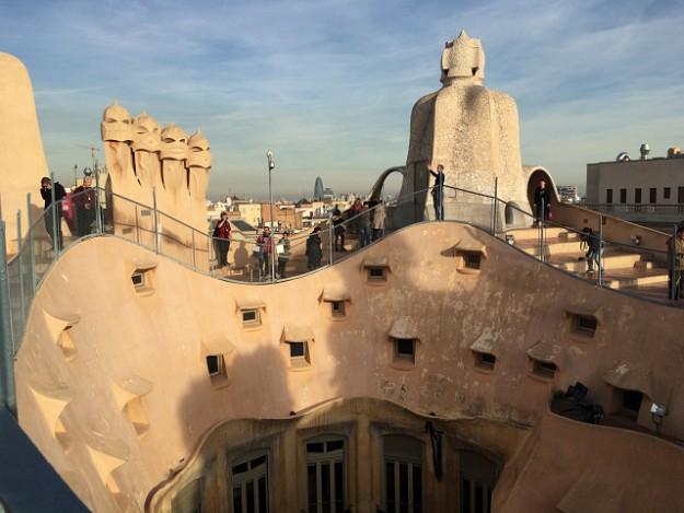 カサ・ミラの屋上、屋根の上。