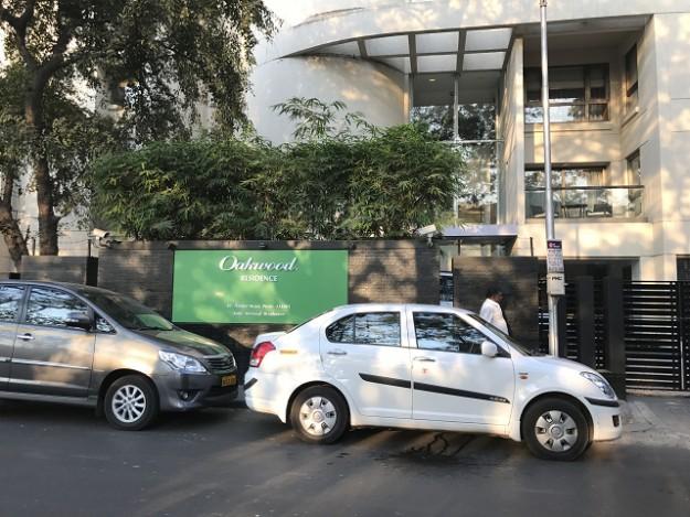 Puneで泊まったサービスアパートメント。セキュリティもいて安心