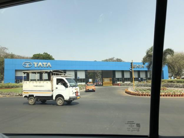 PuneにはTATAの本社があります。