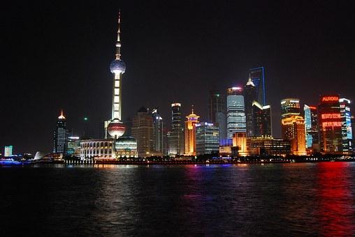 上海ナイトビュー 宇宙的な美しさ