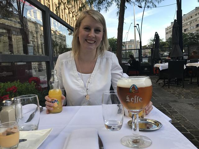 ビール飲んだのは私だけです❤ 日本ではそんなに飲まないのに、こちらでは一食一食がビールとの出会いの機会!! Letteで乾杯