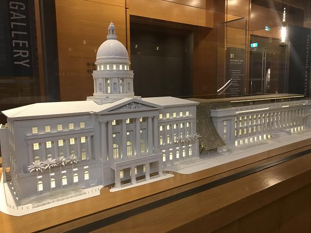 ナショナル・ギャラリーの模型。伝統的な裁判所と市役所が合体。新しいアートスポットに生まれかわった